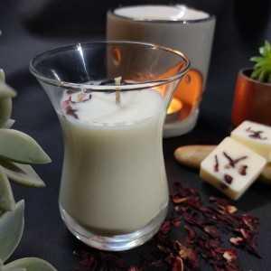 Bougie Fleur de Tiaré 100gr - Verre effilé - Cire de Soja et Parfum de Grasse